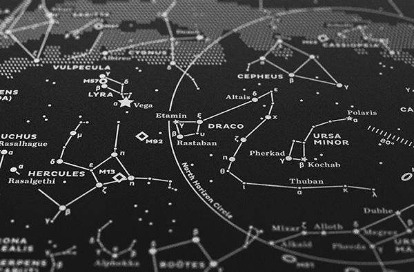 600x395-stellavie-print-silkscreen-stellar-map-southern-sky-silverwhite-on-black-02