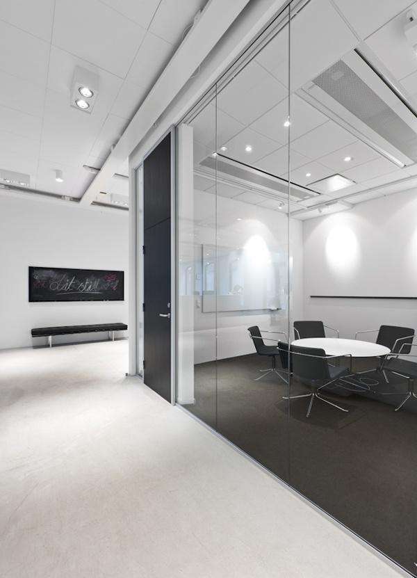 Locomotiv | Design Studio 210