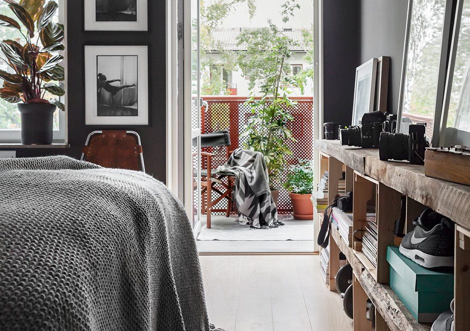 Dark Gray Scandinavian Interior Design